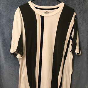 vertical stripped shirt